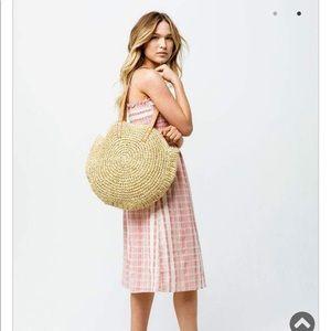 NWOT Round straw beach bag